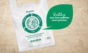 Auchan já utilizou 130 toneladas de plástico das suas lojas para produzir o saco Eco Circular